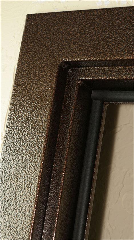 металлические двери с молотковым покрытием