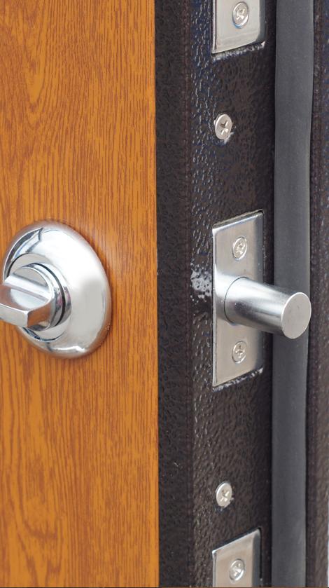 Установка замка apecs в межкомнатную дверь своими руками